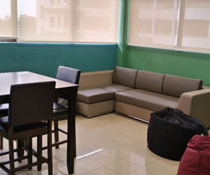 hostel-outside-view